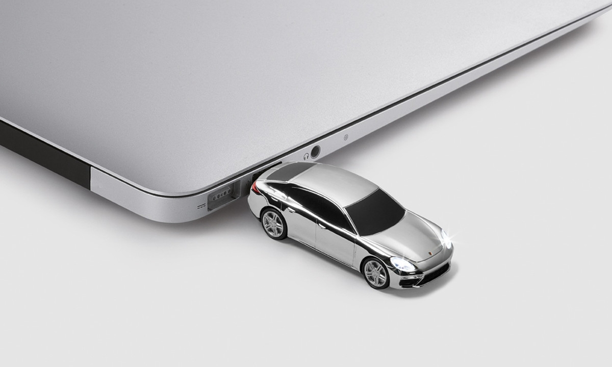 USB MÄLUPULK PANAMERA Turbo G2 8GB